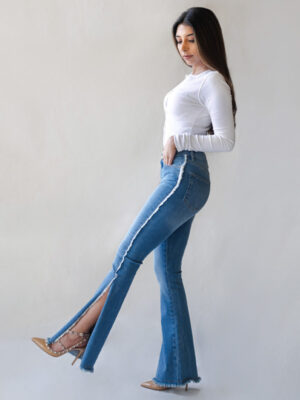 Open Flare Jeans